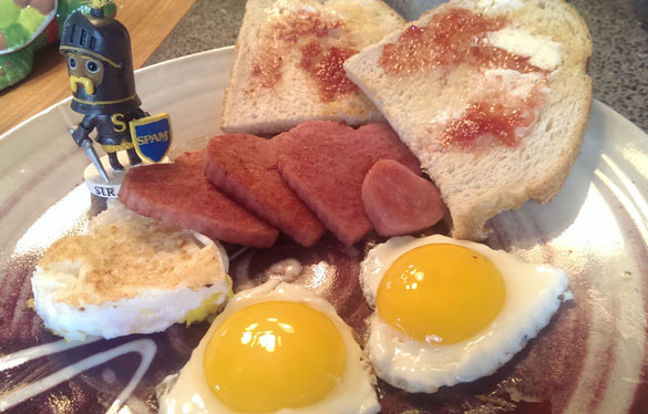 Love-of-SPAM breakfast with Sir SPAMalot